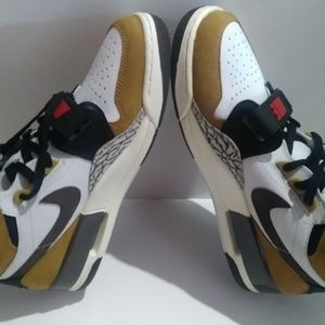 Nike Shoes - Air Jordan Legacy 312 Rookie Of The Year